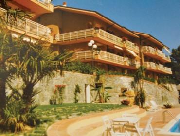 Complesso Residenziale Le Tre Rose, Bordighera (IM), Italia